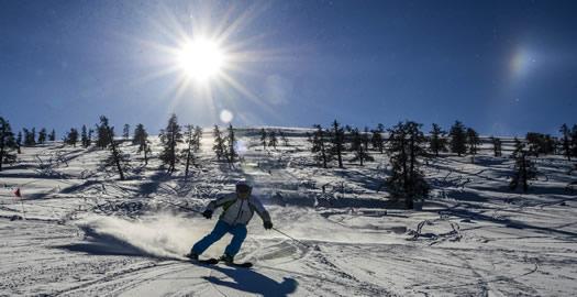 滑雪——阿爾泰山野雪公園正式開滑