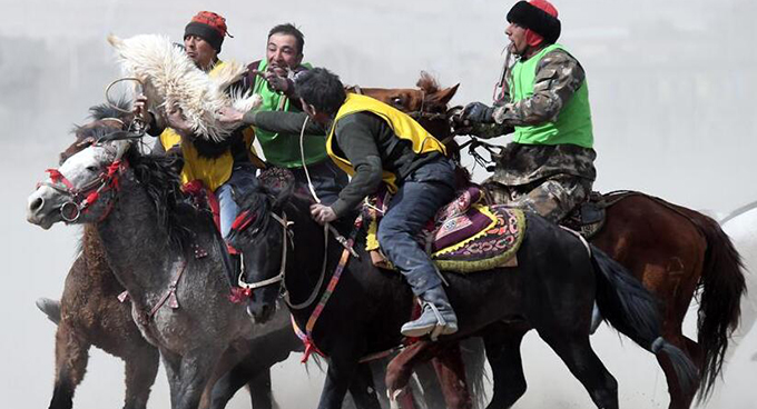 帕米爾高原傳統體育運動迎春到